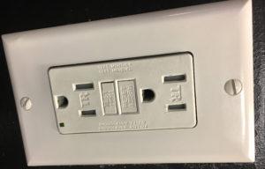 Prises électriques à New York